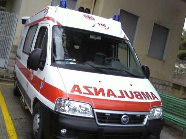 ambulanza ago 2015