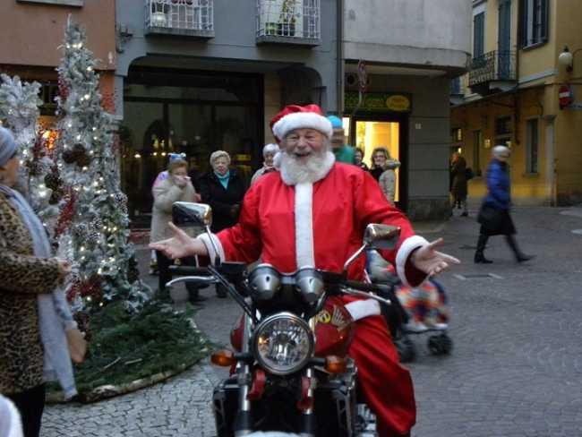babbonatale moto omegna