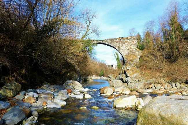 ponte antico omegna